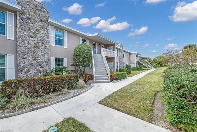 221 Cypress Way E 203, Naples, FL 34110