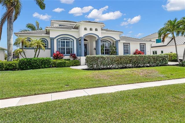 692 Cameo Ct, Marco Island, FL 34145