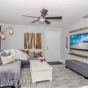 5092 Boxwood Way, Naples, FL 34116