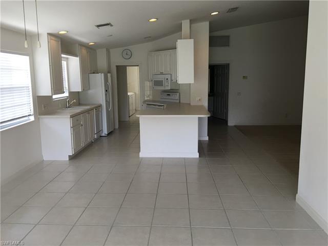 28015 Boccaccio Way, Bonita Springs, FL 34135