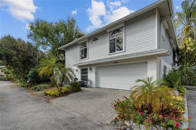1125 Shady Rest Ln, Naples, FL 34103