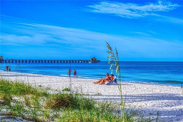 1300 Gulf Shore Blvd N 104, Naples, FL 34102