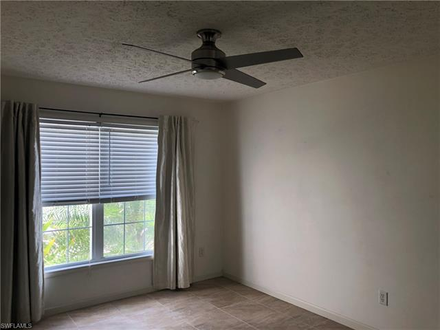 175 Leawood Cir, Naples, FL 34104