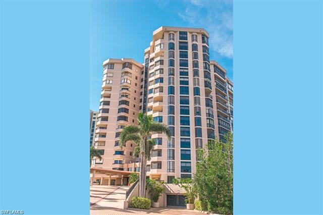 6075 Pelican Bay Blvd 1204, Naples, FL 34108