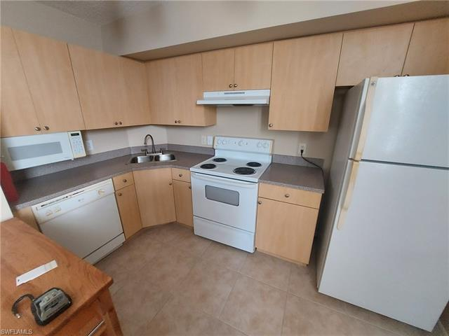 8754 River Homes Ln 8207, Bonita Springs, FL 34135