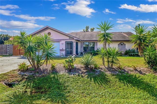 7636 Laurel Valley Rd, Fort Myers, FL 33967