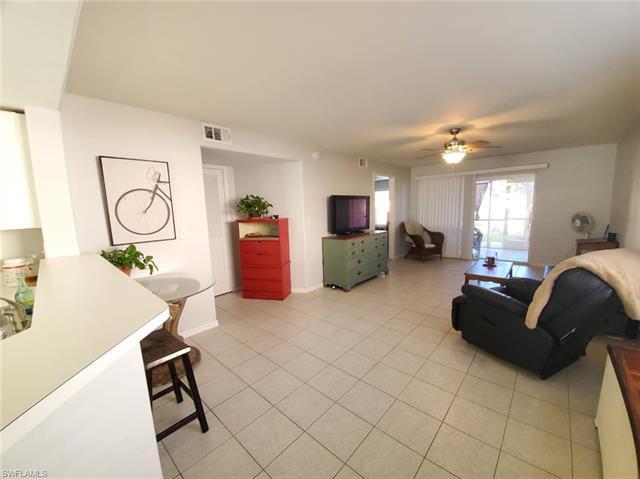 26728 Little John Ct 6, Bonita Springs, FL 34135