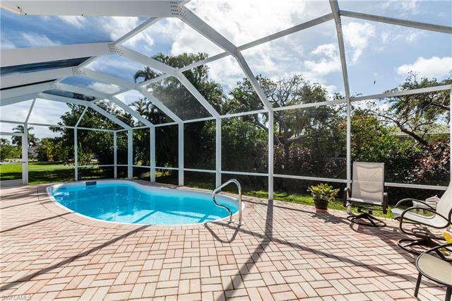1207 Sunbird Ave, Marco Island, FL 34145