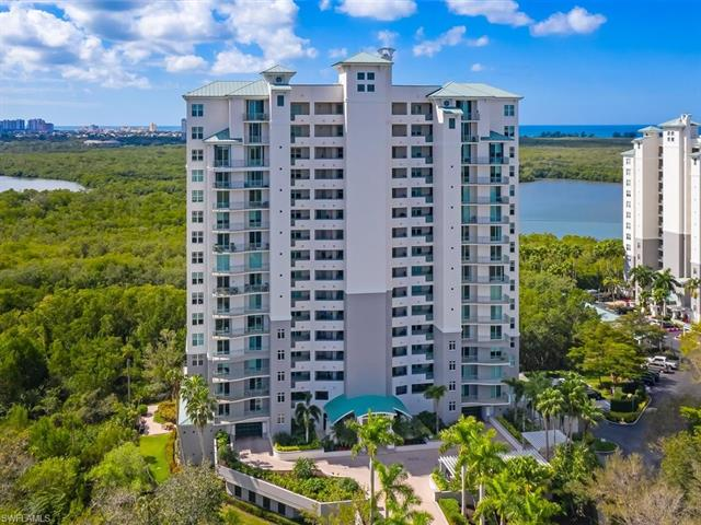 425 Cove Tower Dr 1802 Ph, Naples, FL 34110