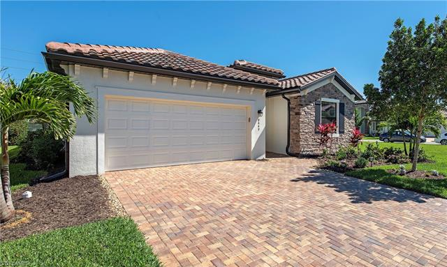 9449 Glenforest Dr, Naples, FL 34120