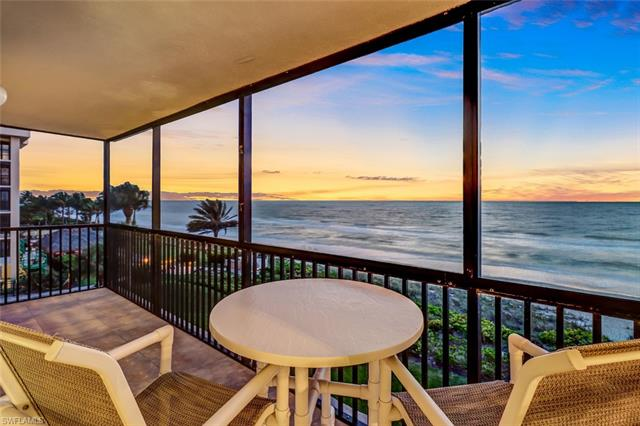 9375 Gulf Shore Dr 403, Naples, FL 34108