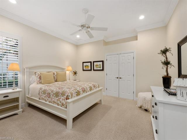11902 Heather Woods Ct, Naples, FL 34120