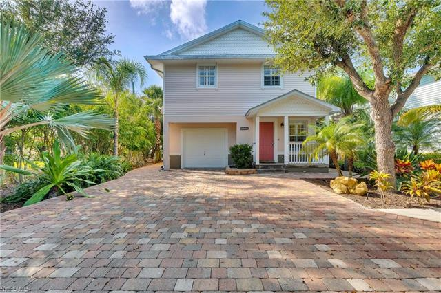 2800 Lakeview Dr 5, Naples, FL 34112