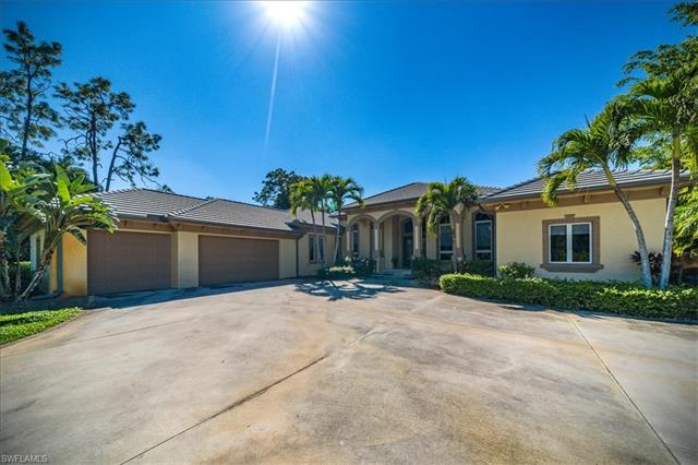 9047 The Ln, Naples, FL 34109 preferred image