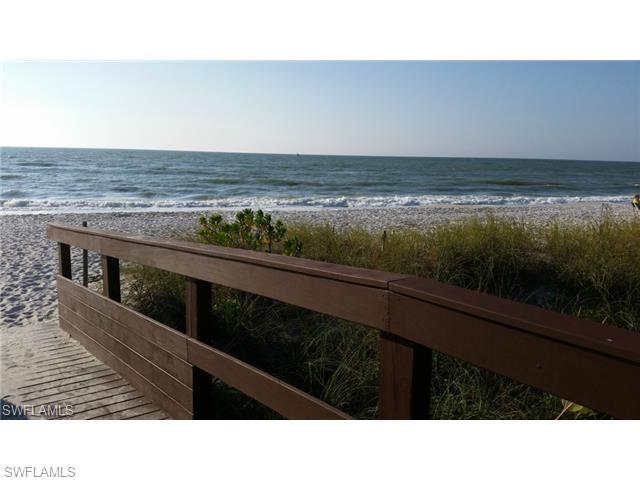 788 Park Shore Dr E14, Naples, FL 34103