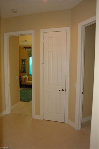 10142 Avalon Lake Cir, Fort Myers, FL 33913