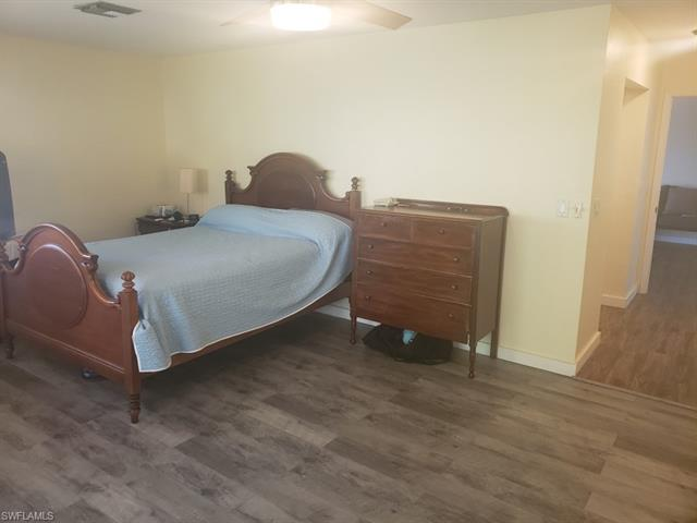 1800 Woodbine Ct, Marco Island, FL 34145