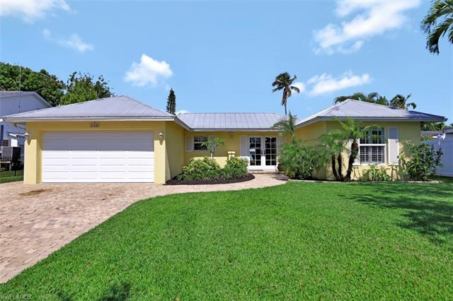 1765 Harbor Ln, Naples, FL 34104
