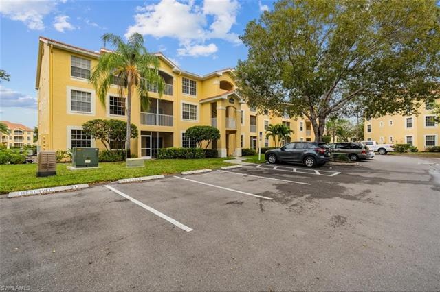 4620 Saint Croix Ln 911, Naples, FL 34109