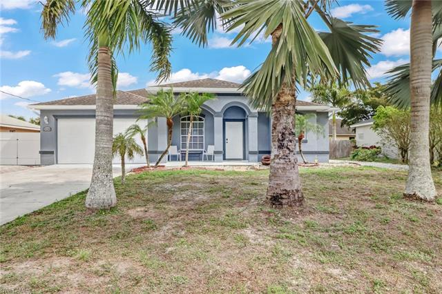 26541 Saville Ave, Bonita Springs, FL 34135