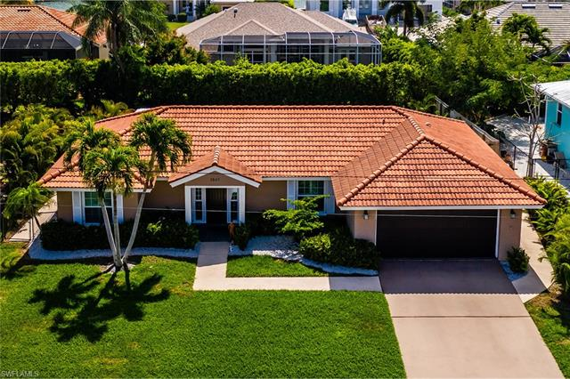 1541 Honeysuckle Ave, Marco Island, FL 34145