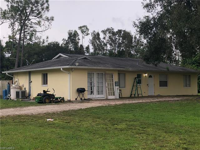 10501 Bromley Ln, Fort Myers, FL 33966