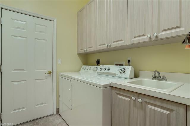 13981 Bently Cir, Fort Myers, FL 33912