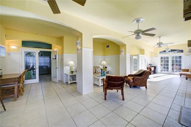 203 San Mateo Dr, Bonita Springs, FL 34134