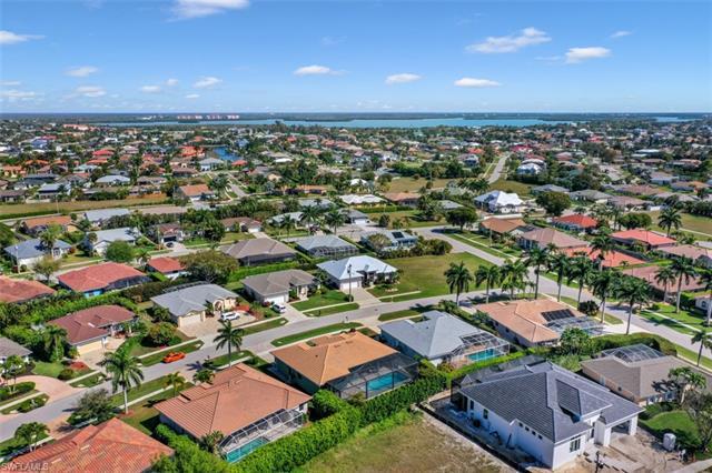 162 Cyrus St, Marco Island, FL 34145