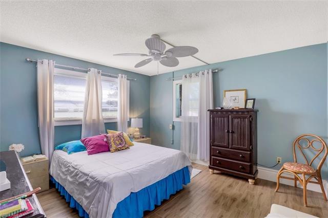 100 Forest Lakes Blvd 112, Naples, FL 34105
