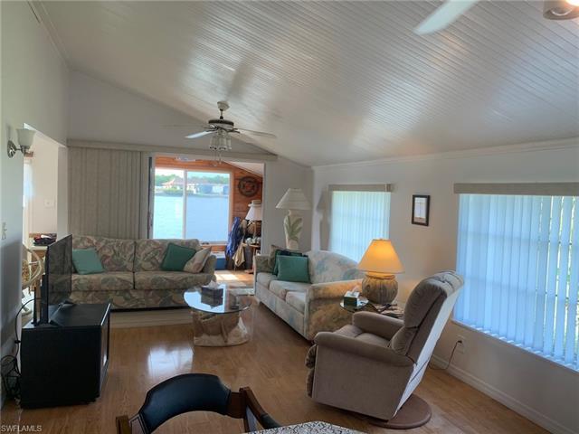 370 Imperial Wildern Blvd 370, Naples, FL 34114