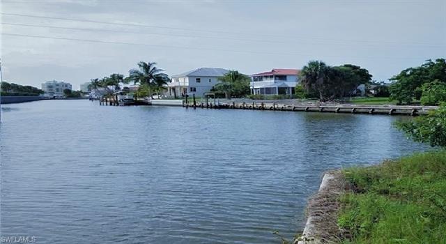 800 Rose Ct, Marco Island, FL 34145