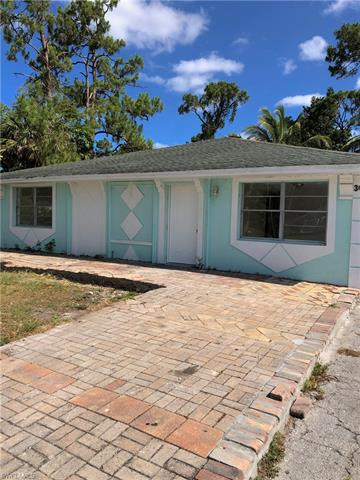 3625 Poplar Way, Naples, FL 34112