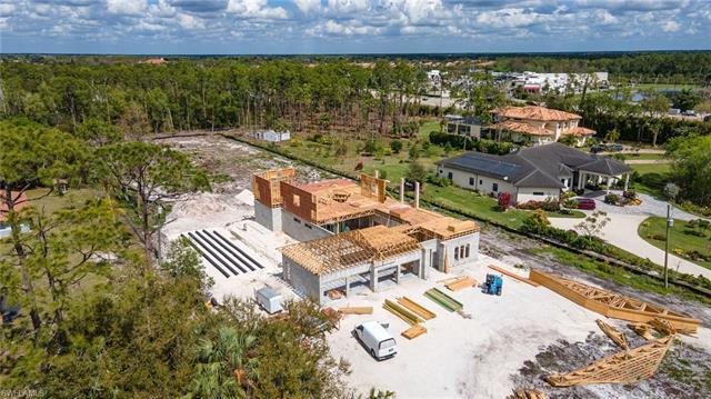 5691 Hidden Oaks Ln, Naples, FL 34119