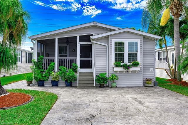 1379 Silver Lakes Blvd, Naples, FL 34114
