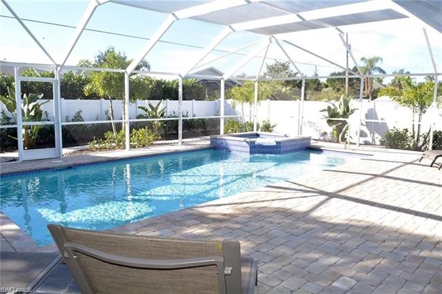 74 2nd St, Bonita Springs, FL 34134