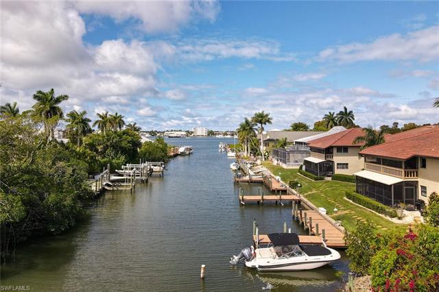 1390 Chesapeake Ave 1390, Naples, FL 34102