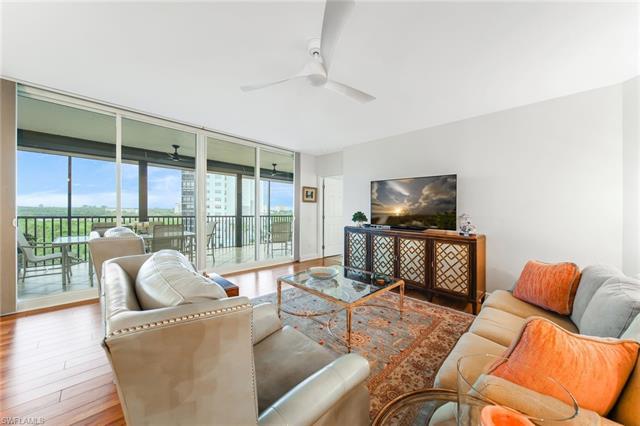 445 Cove Tower Dr 704, Naples, FL 34110
