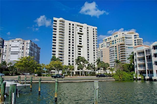 4451 Gulf Shore Blvd N 203, Naples, FL 34103