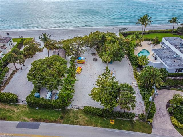 275 Champney Bay Ct, Naples, FL 34102