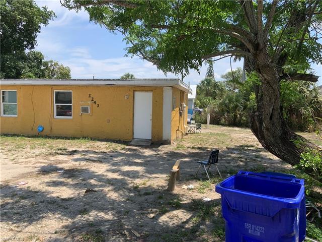 2243 Henderson Ave N, Fort Myers, FL 33916