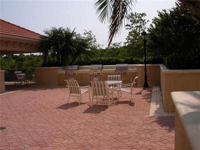 7225 Pelican Bay Blvd 201, Naples, FL 34108
