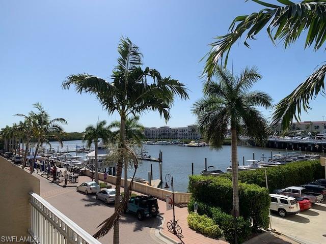 450 Bayfront Pl 4209, Naples, FL 34102