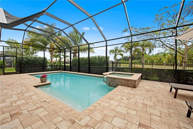 14752 Windward Ln, Naples, FL 34114