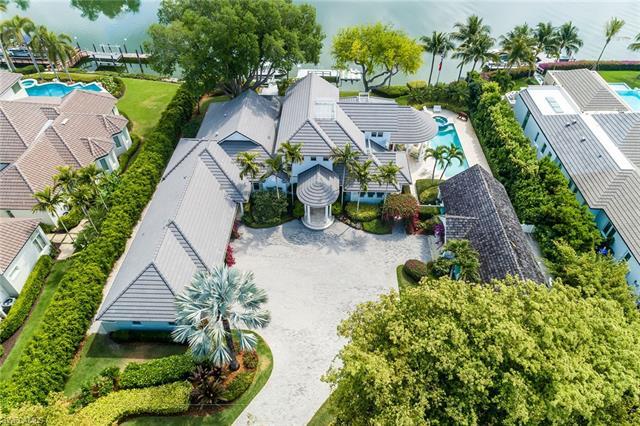 3455 Fort Charles Dr, Naples, FL 34102