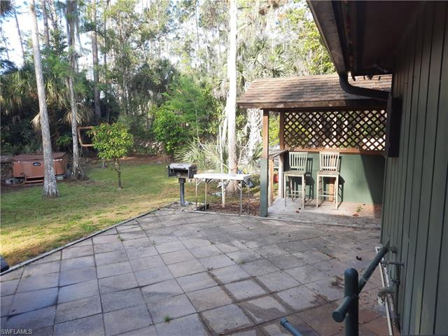 6180 Golden Oaks Ln, Naples, FL 34119