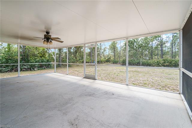 2305 Mcarthur Ave, Alva, FL 33920