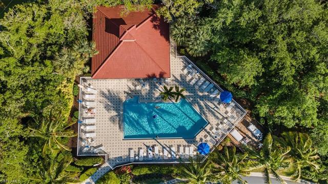 1015 Tarpon Cove Dr 104, Naples, FL 34110