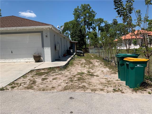 3521 18th Ave Ne, Naples, FL 34120