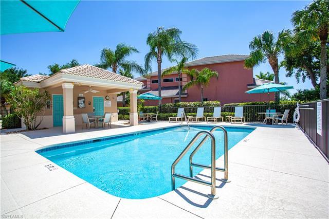 9238 Troon Lakes Dr, Naples, FL 34109